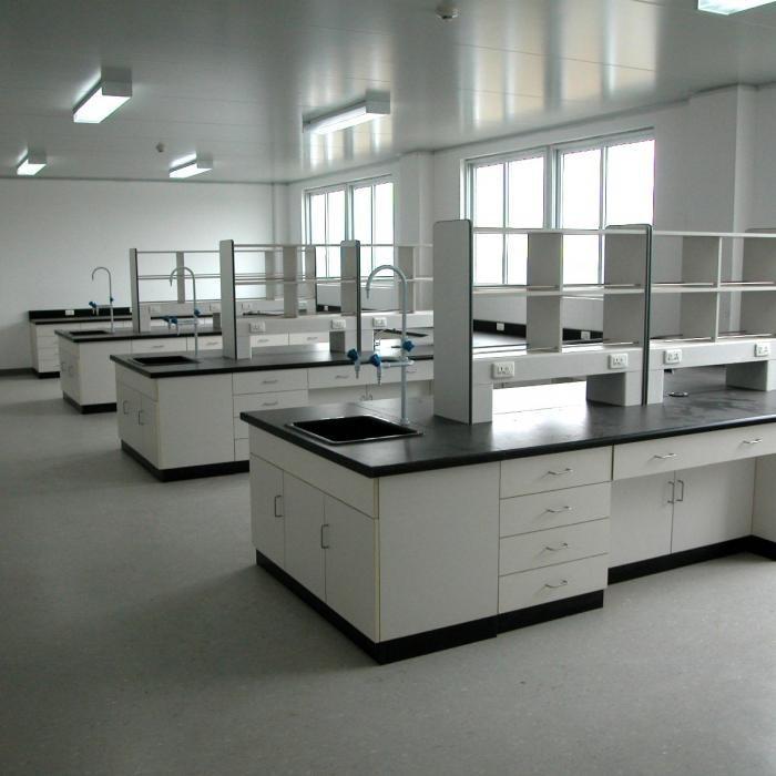 洛阳中星:雅安不锈钢实验台批发价格