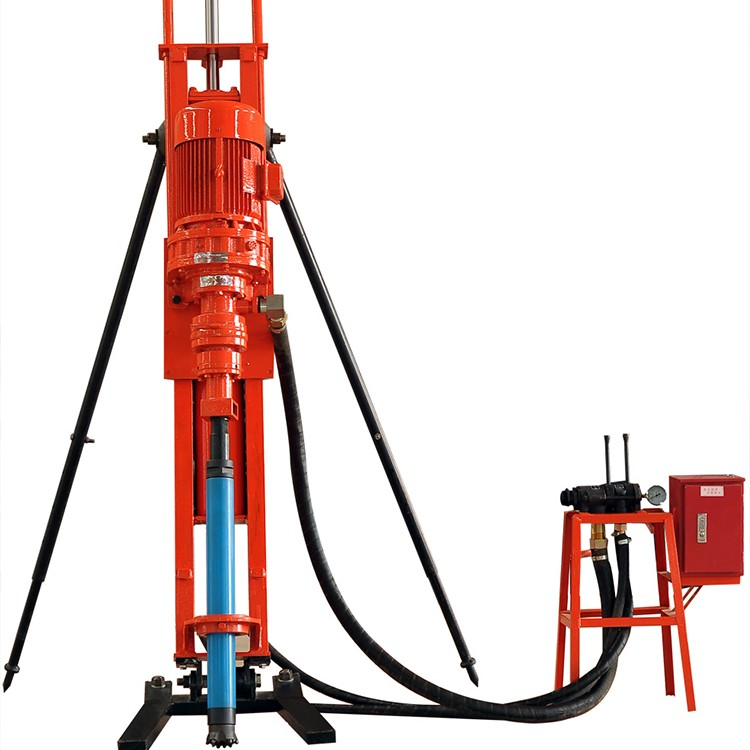 潜孔钻机    潜孔钻机是在工程之前,用于在岩石或土层进行钻孔(在钻好