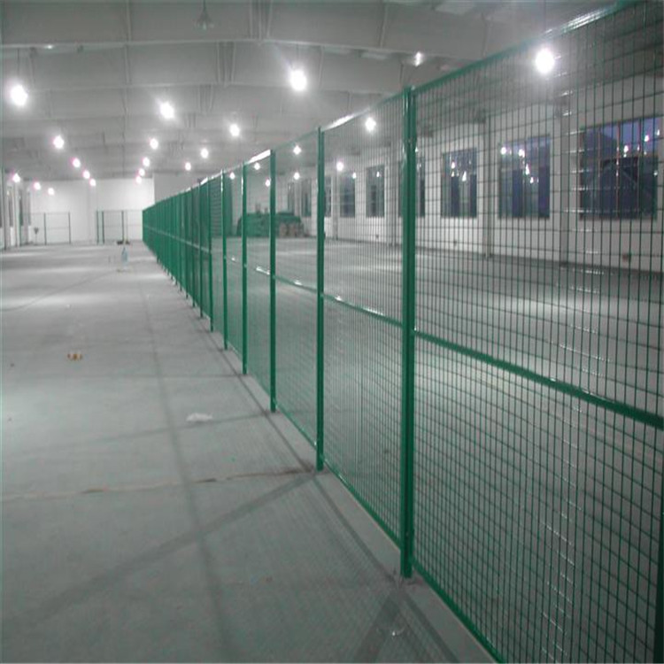 湖北省武汉市护栏网-护栏网生产厂家--洛阳中星