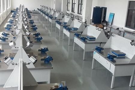 重庆钢木实验台厂家供货